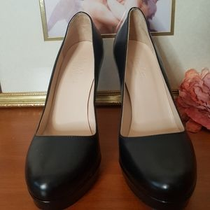 MaxMara Black Leather Pumps Size 37 made in Italy